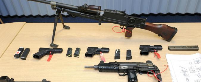 Texas, studenti universitari potranno portare armi in classe. Divieti per dormitori, eventi sportivi e laboratori