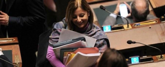 Roberta Lombardi e la lettera al preside con carta della Camera: che c'è di male?