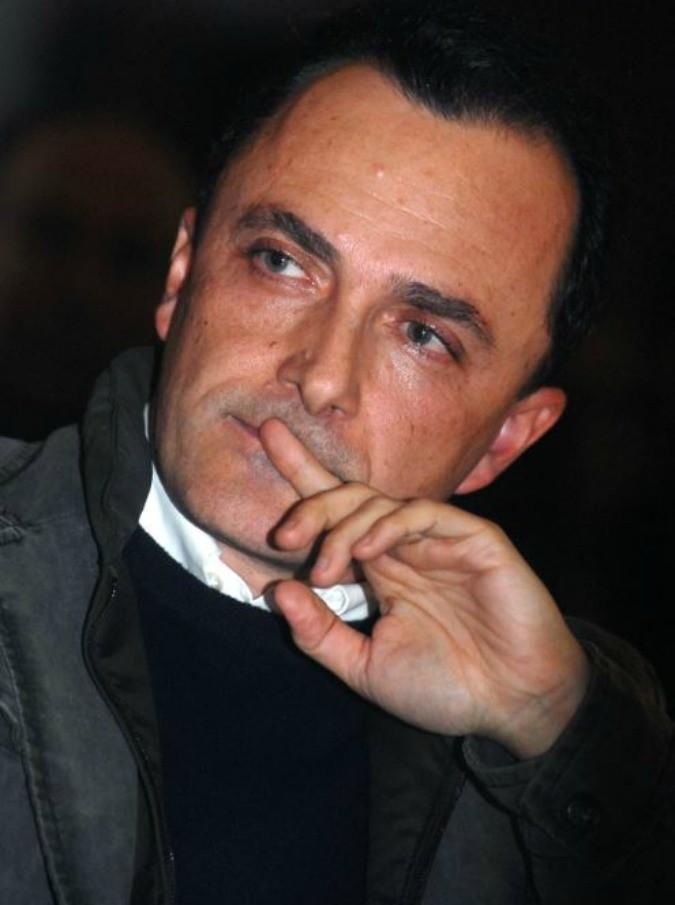 """Daniele Luttazzi: """"Caro Scanzi, quando non si hanno i mezzi culturali per rispondere a proposito, meglio astenersi"""""""