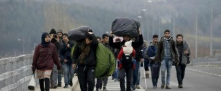 Migranti, sfondata barriera al confine Grecia-Macedonia. Interrotto sgombero Giungla a Calais