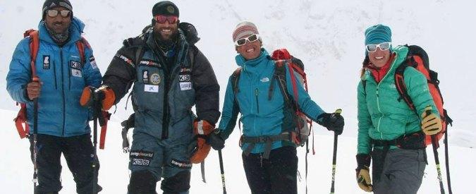 Alpinismo, Simone Moro da record: raggiunge la vetta del Nanga Parbat per la prima volta in inverno