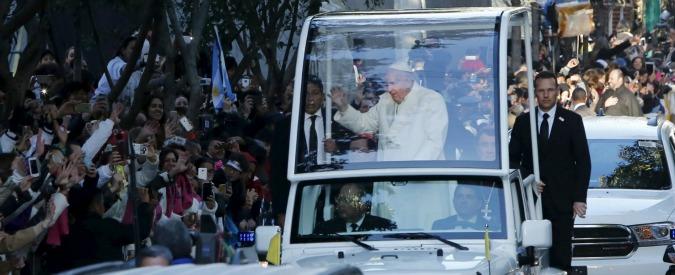 """Papa Francesco: """"Carceri rischiano di mettere le persone in condizione di continuare a commettere delitti"""""""