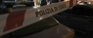 Napoli, spari da uno scooter contro un gruppo di immigrati: ferito un venditore ambulante senegalese