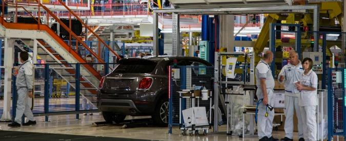 """Industria, Istat: """"In aprile produzione torna a salire, +1,8% su un anno fa. Per l'auto +8,8%"""""""