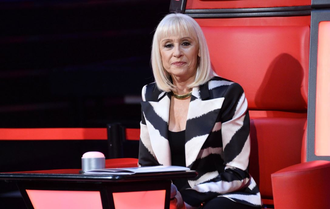 THE VOICE 4 - QUARTA PUNTATA: COMMENTA IN DIRETTA! - BLIND AUDITIONS