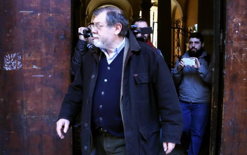 Panebianco contestato a Bologna: interrotta lezione all'università. Rettore: