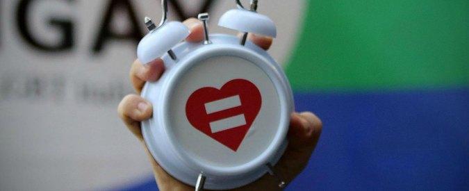 Unioni civili, senza stepchild e obbligo di fedeltà: cosa cambia per le coppie gay