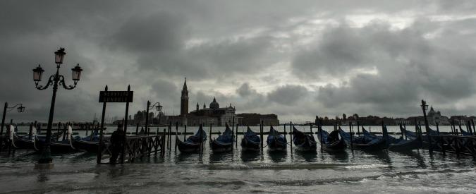 Maltempo al centro nord per il ciclone Golia, marea eccezionale a Venezia. Allerta neve