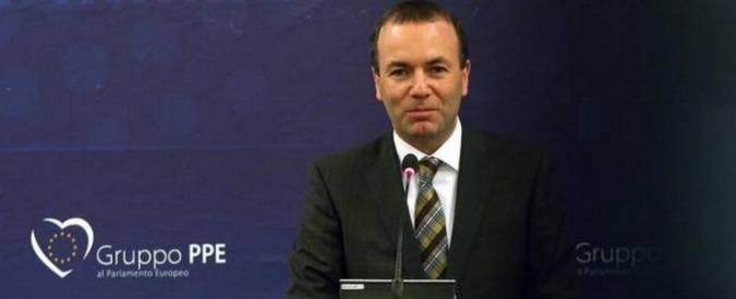 """Bruxelles, il presidente del Ppe e l'ufficio """"fantasma"""" con l'indennità dell'Europarlamento"""