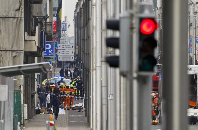 Attentato a Bruxelles: esplosioni nella metro di Maalbeek