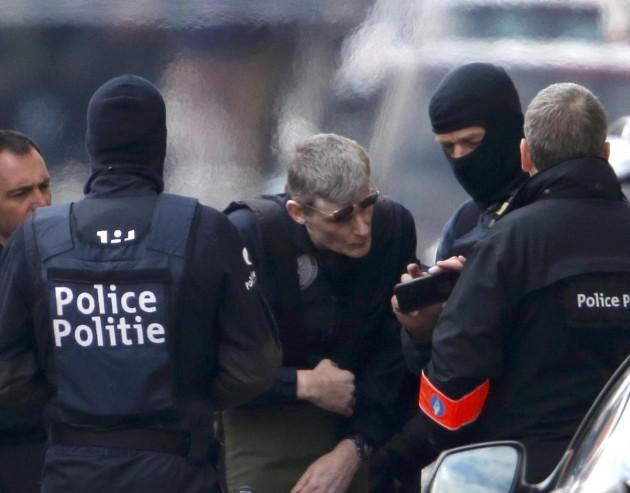 Bruxelles: blitz della polizia a Schaerbeek