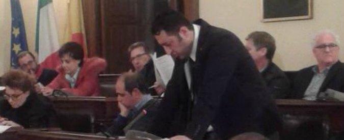 """Castelvetrano, caso Giambalvo: 22 consiglieri si dimettono per """"togliere città dall'imbarazzo"""""""