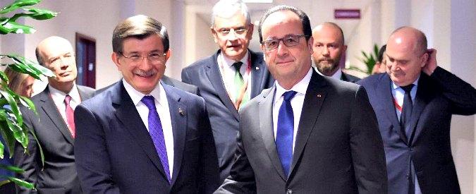 """Migranti, premier ceco: """"Raggiunta intesa tra Ue e Turchia, in vigore dal 20 marzo"""""""