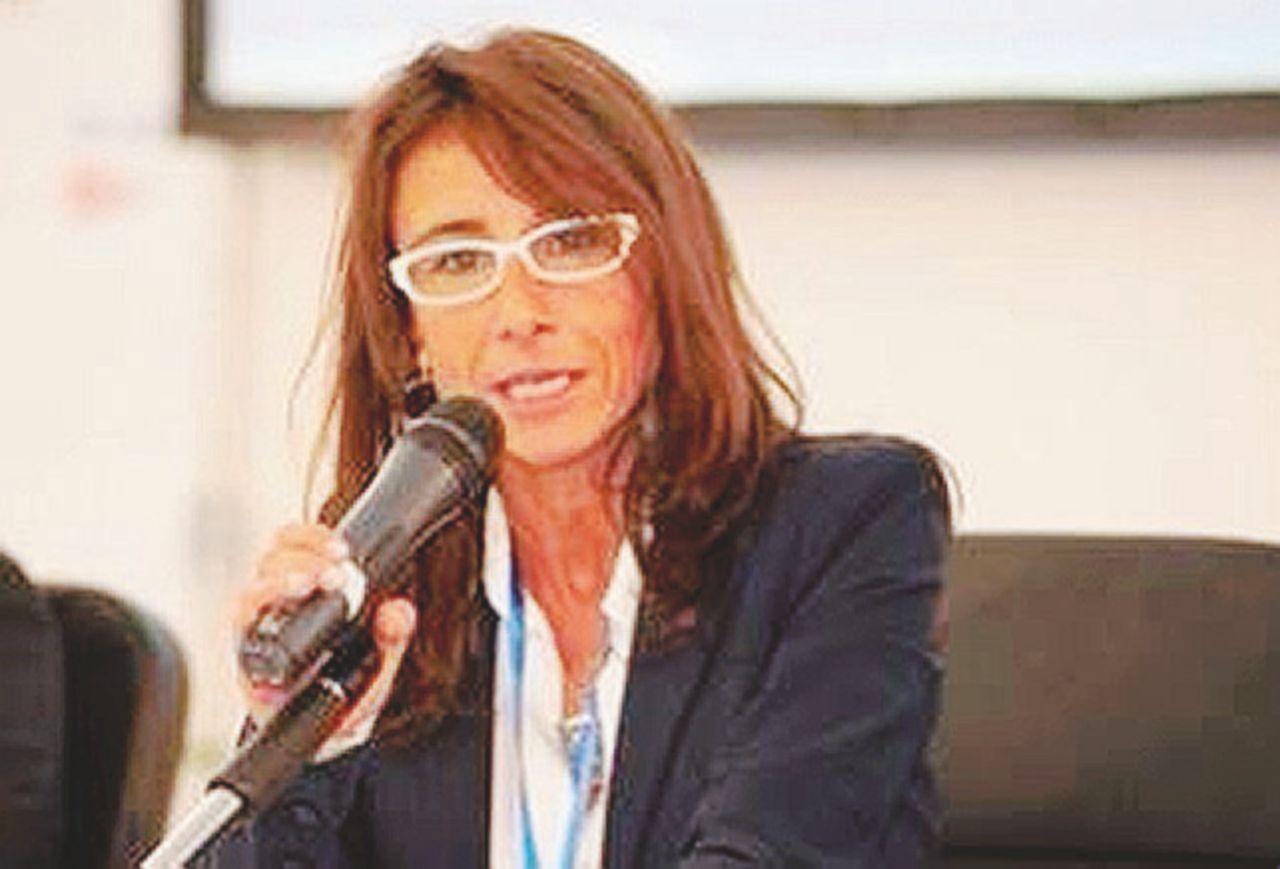 Il caso Gaia Checcucci: la Lady Acqua di Renzi  in conflitto di interessi