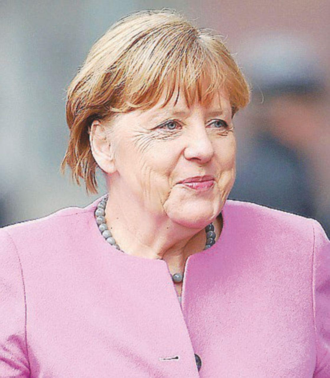 Renzi promette più deficit e sfida l'Europa