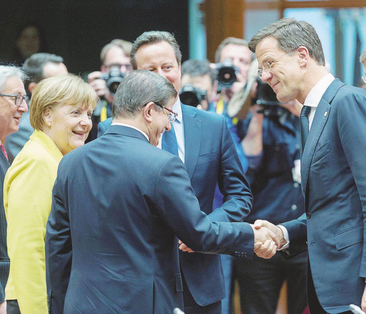 Migranti, accordo con regia tedesca e Ankara sogna la Ue