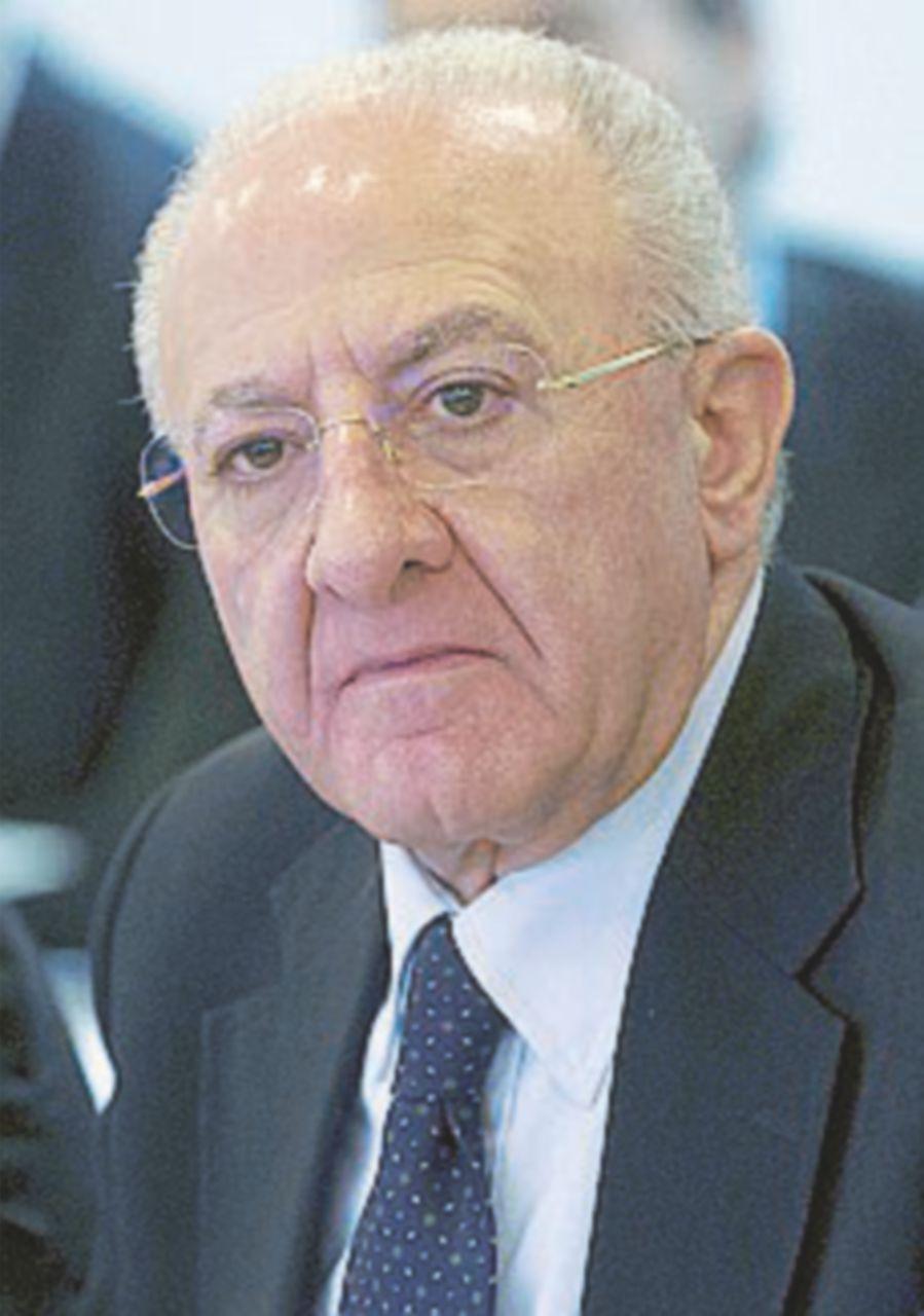De Luca nomina il giudice e l'avvocato di Bisignani