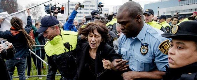 Florence Hartmann, giornalista arrestata dall'Onu per aver pubblicato documenti veri su Srebrenica