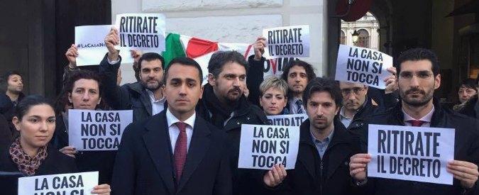 """Mutui, presidio M5s davanti al ministero Economia: """"No al contentino del governo"""""""