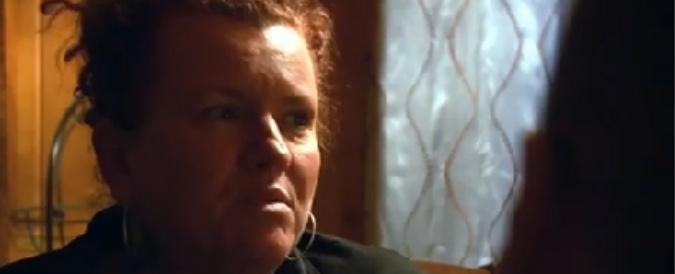 """Servizio Pubblico, Nancy (mamma surrogata): """"Ho partorito per una coppia gay italiana. L'avrei fatto anche gratis"""""""