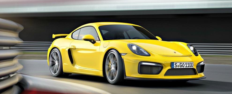 Porsche, lo strano caso delle Cayman GT4 prima non ci sono poi costano il doppio