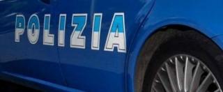 Milano, donna di 37 anni trovata impiccata a un albero in piazza Napoli