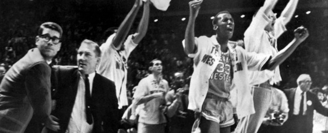 Basket Usa, 50 anni fa Texas-Kentucky: la prima partita di Ncaa in cui una squadra schierò solo giocatori neri