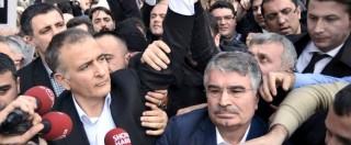 """Turchia, commissariato 'Zaman', giornale d'opposizione: """"Finita libertà dei media"""""""