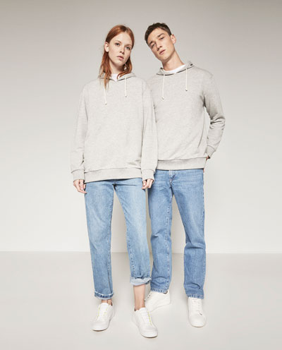 online retailer 5881d 994d0 Zara lancia