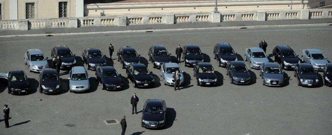 Auto blu, ok della Camera a ddl M5s-maggioranza: reato usarla per tragitto tra casa e l'ufficio