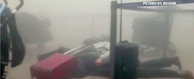 """Attentati Bruxelles, il racconto dall'aeroporto: """"L'esplosione e poi la corsa per trovare l'uscita"""""""