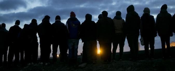 Calais, Hollande chiede al Regno Unito di accogliere i minori. Ma Cameron non concede il ricongiungimento familiare