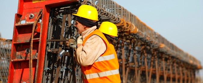Sblocca cantieri, la bozza del decreto: appalti con procedura negoziata fino a 200mila euro e sale soglia per subappalto