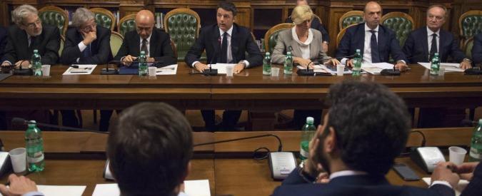 Governo ed emergenza terroristica: ma quale Parlamento, a Renzi basta parlare solo con i capigruppo