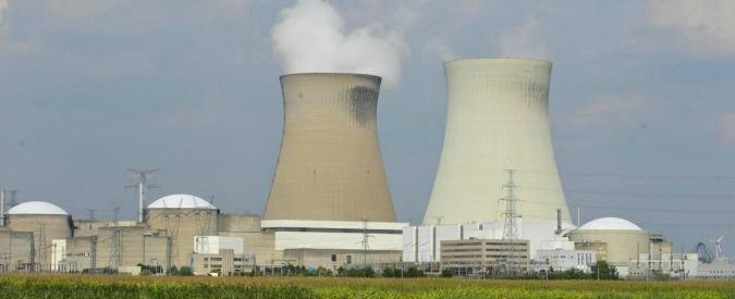 Svizzera, vince il referendum per la chiusura delle centrali nucleari