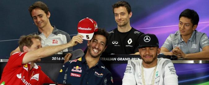 Formula 1 2016, al via il campionato all'insegna del duello Mercedes-Ferrari. Primo semaforo verde in Australia