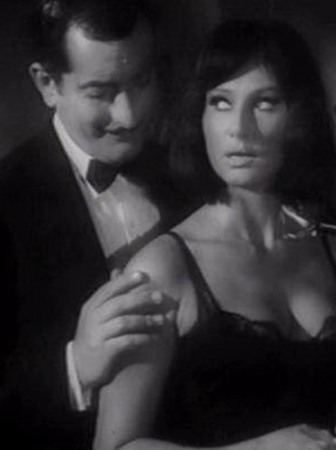 """Riccardo Garrone morto, da Fellini a Monicelli e Scola. Recitò in """"Un medico in famiglia"""". Fu """"San Pietro"""" negli spot Lavazza"""