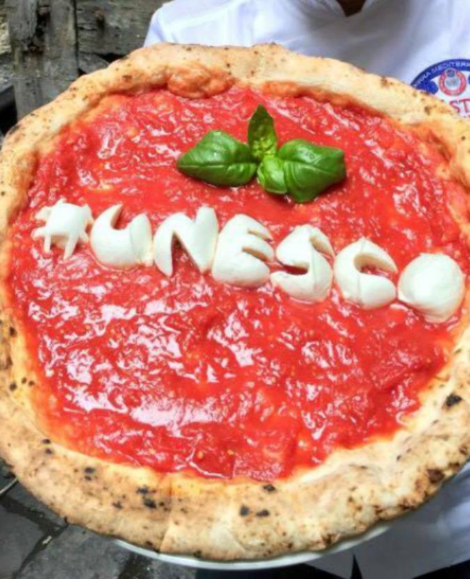 Ricetta Pizza Unesco.La Ricetta Della Pizza Perfetta Secondo Gino Sorbillo Il Fatto Quotidiano