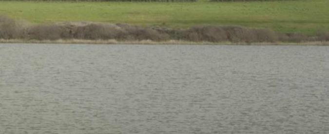 """Abruzzo, i fiumi """"malati"""" di salmonella. E l'azienda che dovrebbe vigilare è stata sanzionata per scarichi inquinanti"""
