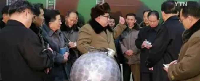 """Corea del Nord, Kim Jong-un: """"Miniaturizzata bomba atomica. Pronti ad attacco preventivo contro Usa"""""""