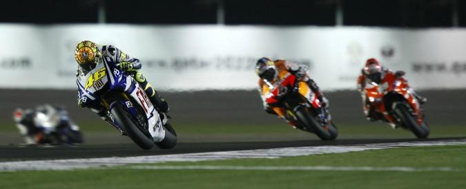 Motogp 2016, a Losail vince Lorenzo davanti a Dovizioso e Marquez. Rossi quarto