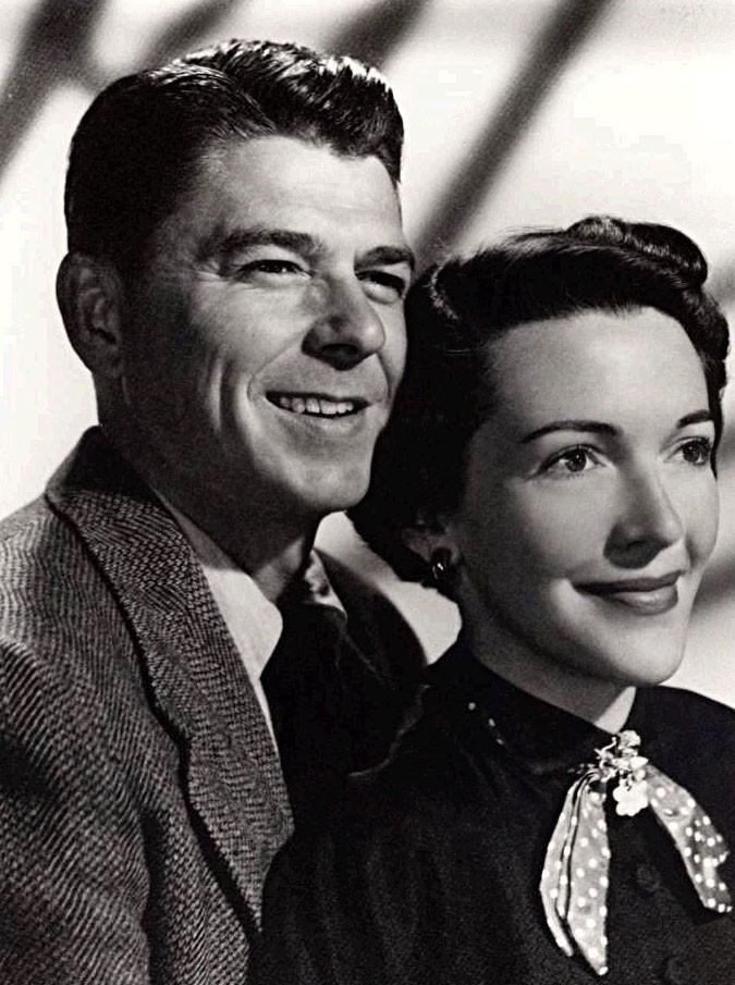 Nancy Reagan, morta l'ex first lady americana, vedova del presidente Ronald Reagan