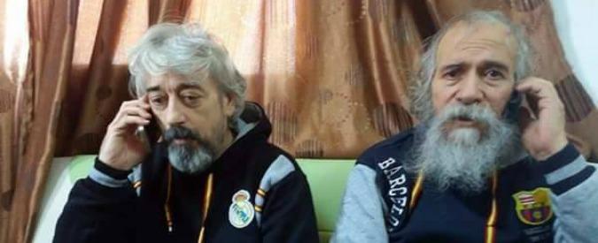 """Libia, liberi gli altri due ostaggi italiani. """"Stiamo bene, ma psicologicamente devastati"""". Il capo delle milizie di Sabratha: """"Blitz su richiesta dell'Italia"""""""