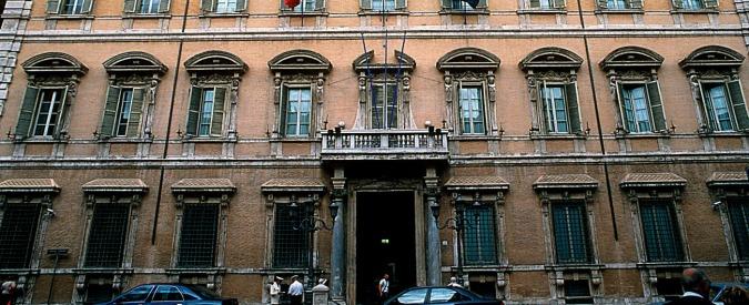 Senato: Grasso e Parolin aprono la mostra sui Giubilei, tra la bolla di Bonifacio e il lauro di Dante