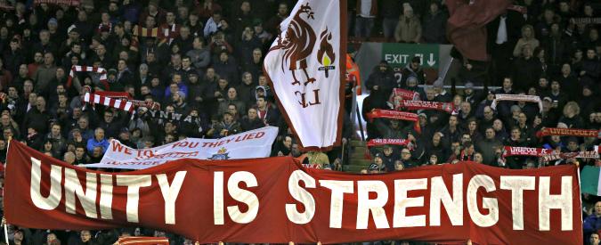 Premier League, vittoria dei tifosi contro il caro-biglietti: trasferte non potranno costare più di 30 sterline