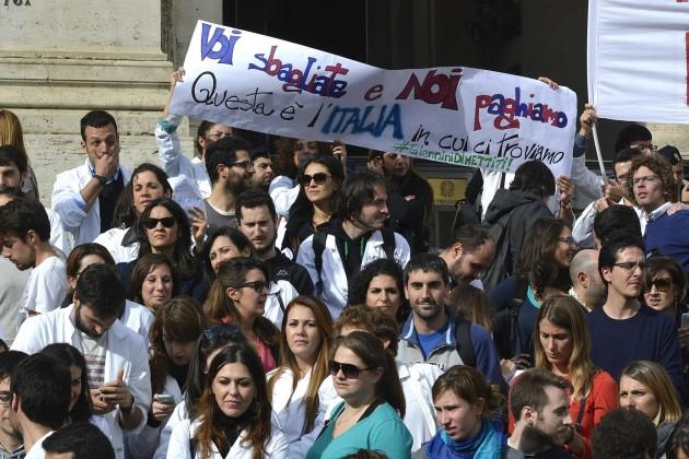 Manifestazione dei giovani medici