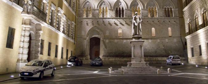 Monte Paschi, dopo tre anni nuovi dubbi sulla morte di David Rossi. In 600 al corteo di Siena