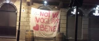 """Seregno, dopo la chiusura del bar per """"infiltrazione mafiosa"""" appare lo striscione di solidarietà"""