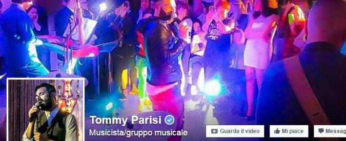 Tommy Parisi, neomelodico latitante: per il figlio del boss di Bari Japigia centinaia di messaggi d'amore su Facebook
