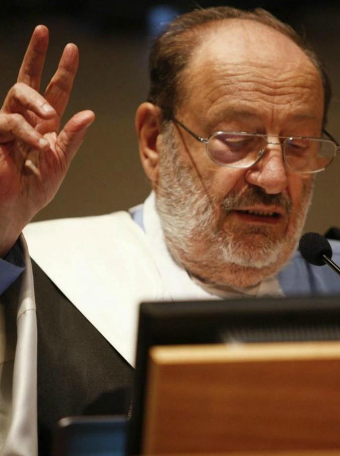 """Umberto Eco, la richiesta nel testamento: """"Non autorizzate convegni su di me per i prossimi 10 anni"""""""